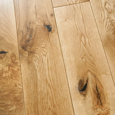 18mm x 125mm European Oak UV Lacquered Solid Wood Flooring (SKU-188576)