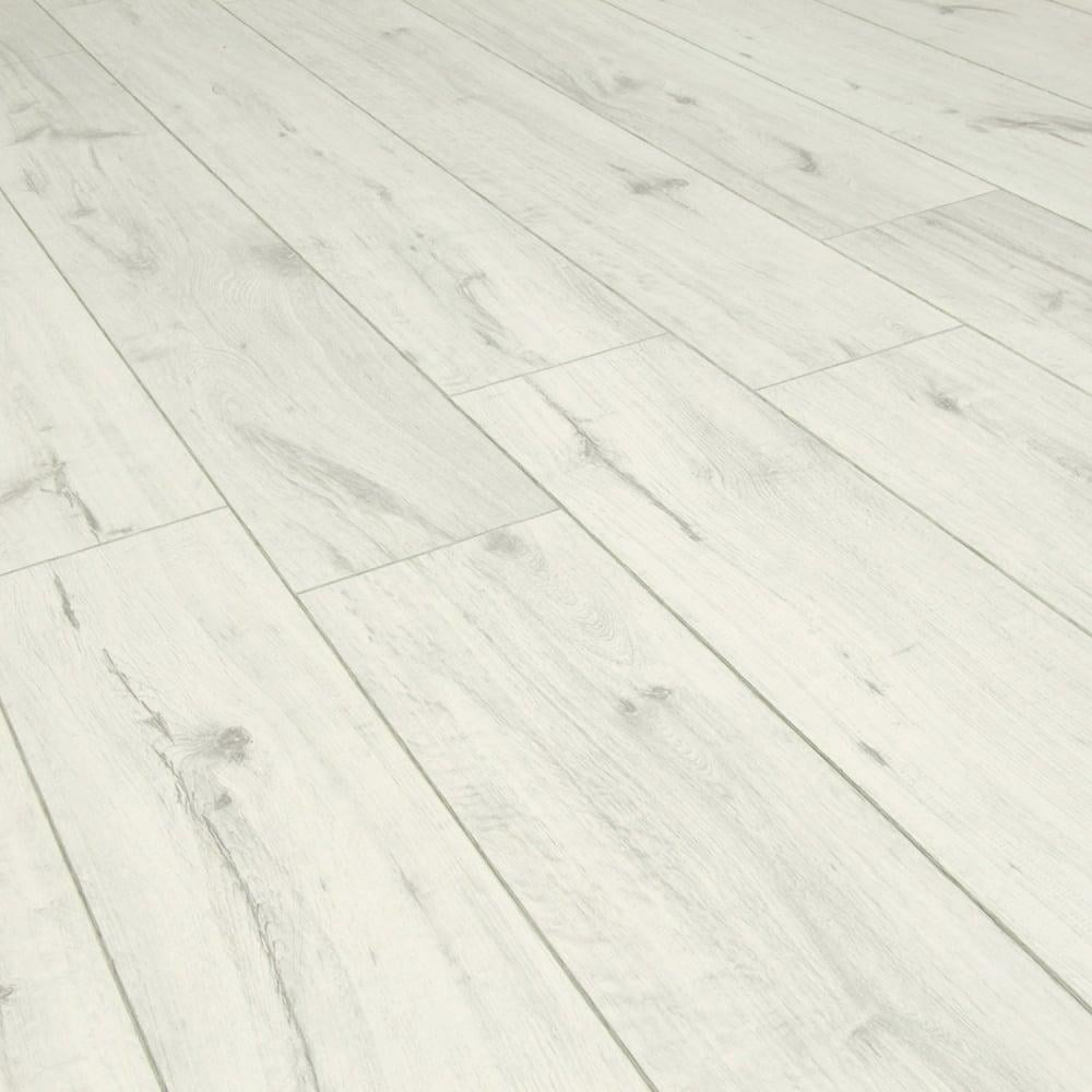 Balterio cuatro 8mm cocoon oak laminate flooring at leader for Balterio laminate flooring