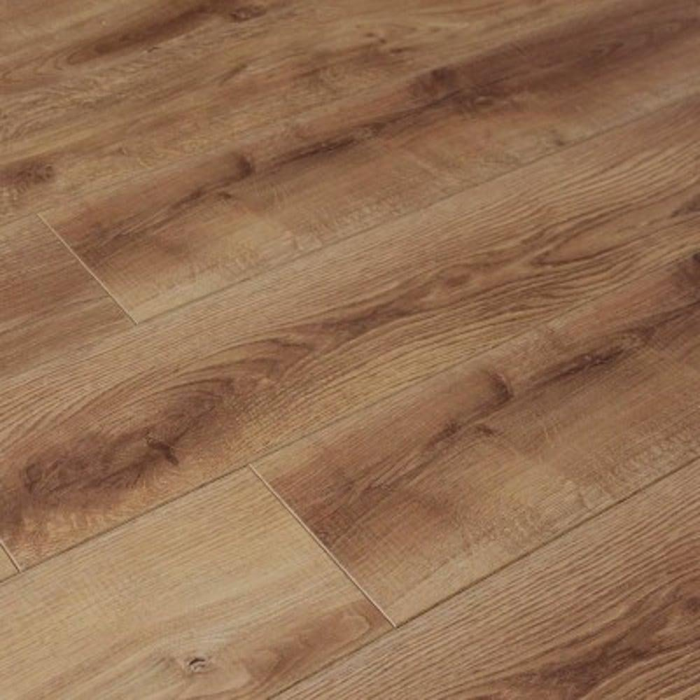 Balterio cuatro 8mm vauban oak laminate flooring at leader for Balterio laminate flooring sale