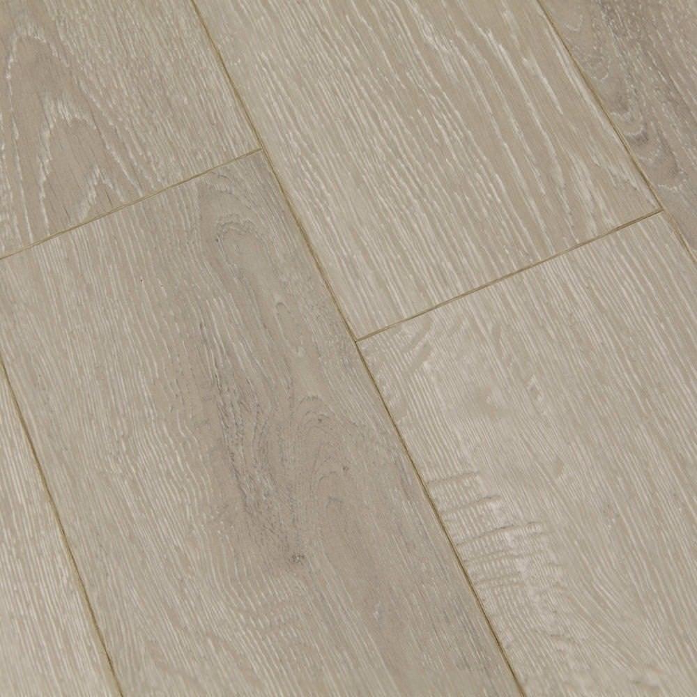 Balterio estrada 8mm kentucky oak laminate flooring for Balterio laminate flooring