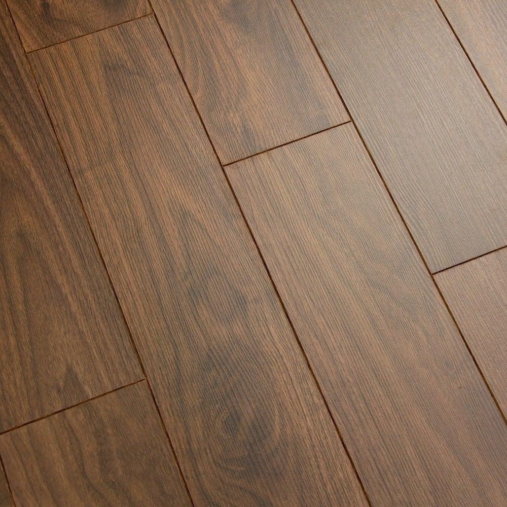 Balterio estrada 8mm select walnut laminate flooring for Walnut laminate flooring