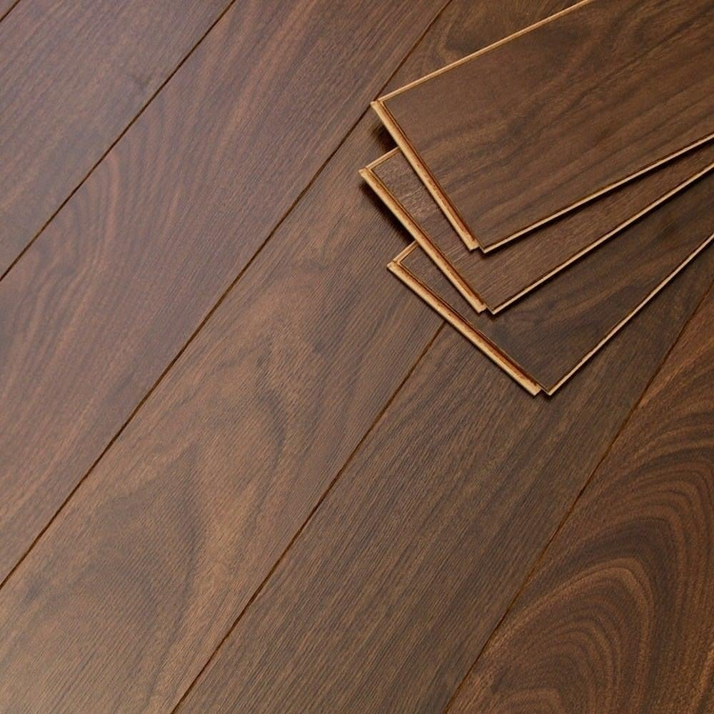 Balterio estrada 8mm select walnut laminate flooring for Walnut laminate flooring