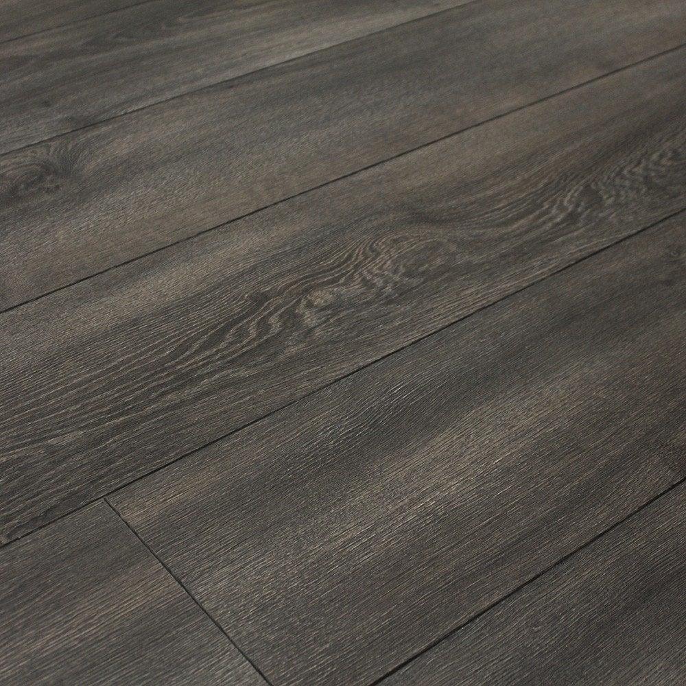 Balterio quattro 12mm midnight oak laminate flooring for Balterio carbon black laminate flooring