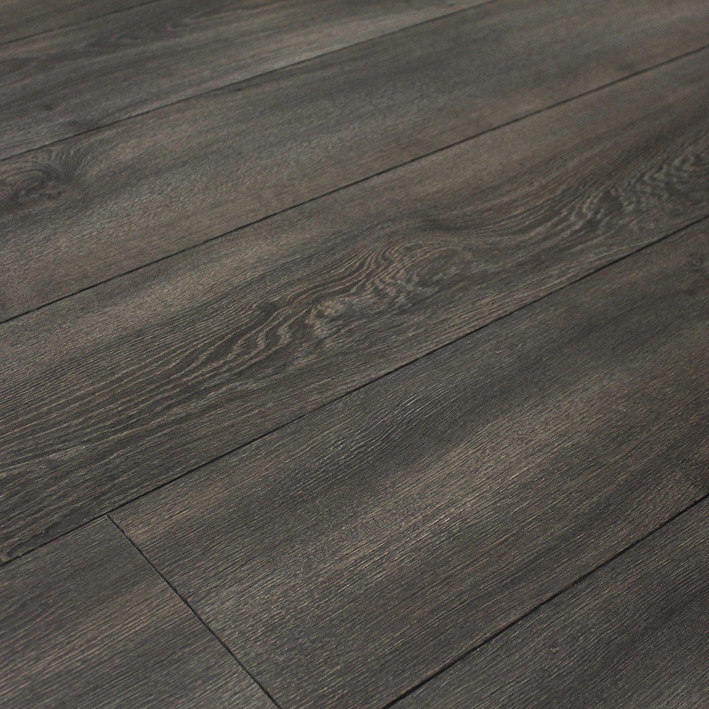 Balterio quattro 12 midnight oak laminate flooring at for Balterio laminate flooring