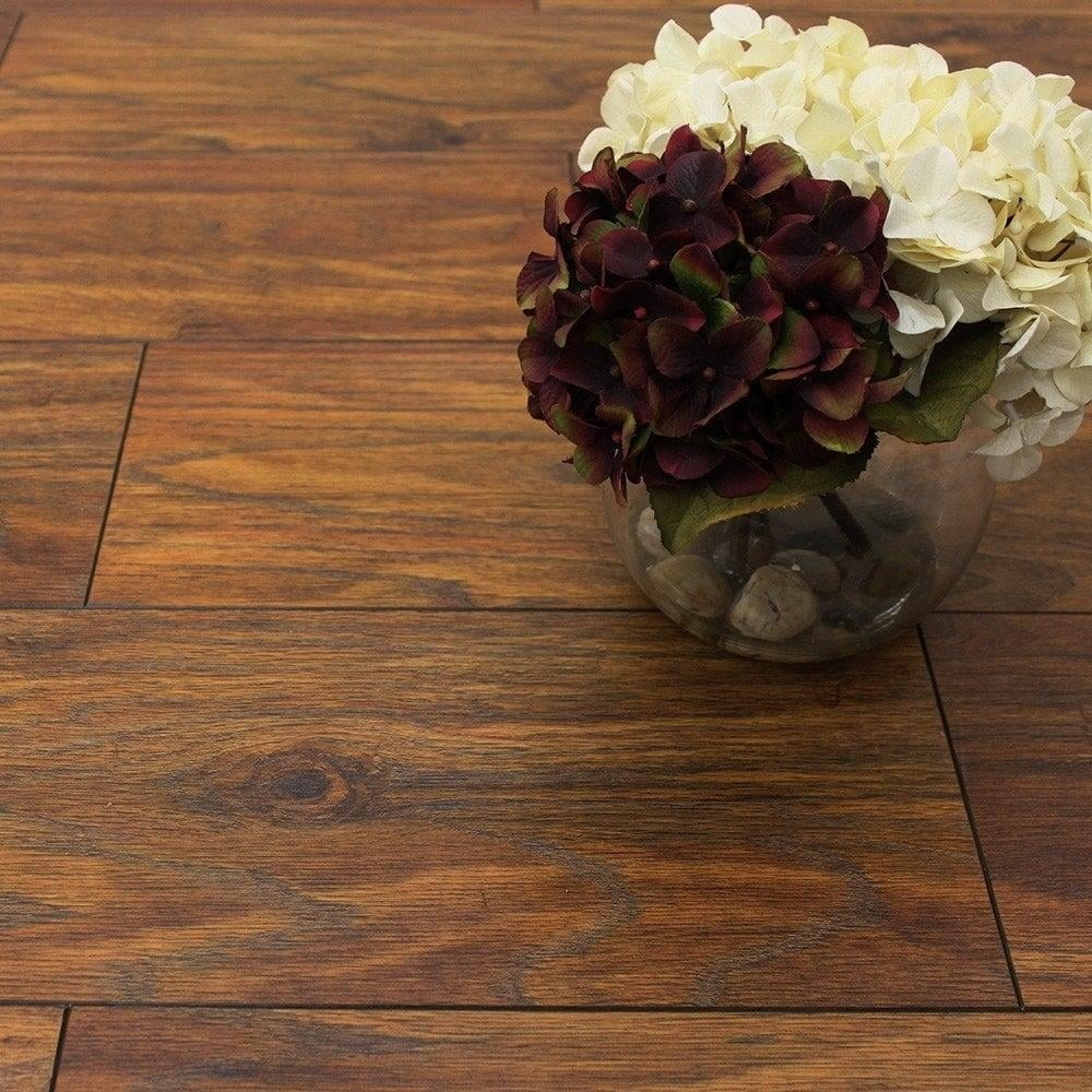 Balterio quattro 12mm vintage oak laminate flooring for Quattro 12 by balterio
