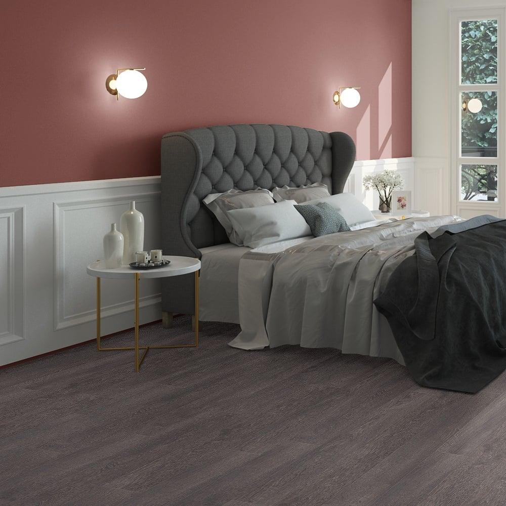 Classic 12mm Old Grey Oak Laminate Flooring (CLM13122)