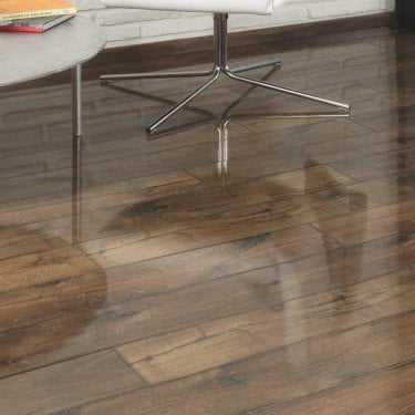 Easy Touch 8mm Posino Oak Laminate Flooring (0580)