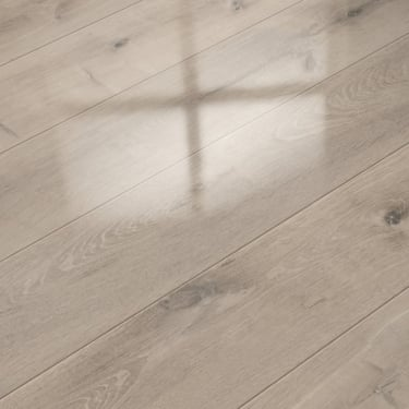 Supergloss Extra Sensitive 8.7mm High Gloss Satin Oak Laminate Flooring (772329)