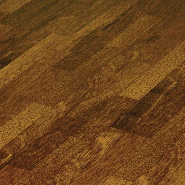 Elesgo supergloss flat edge merbau classic 7mm ac3 for Merbau laminate flooring