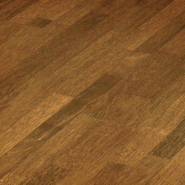 Elesgo wellness flat edge merbau classic laminate for Merbau laminate flooring