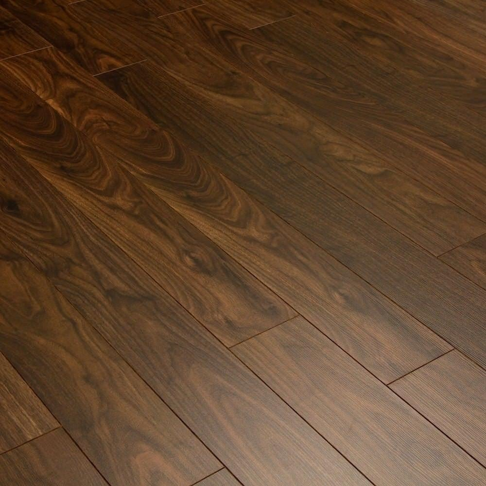 Balterio estrada select walnut 8mm ac4 laminate flooring for Walnut laminate flooring