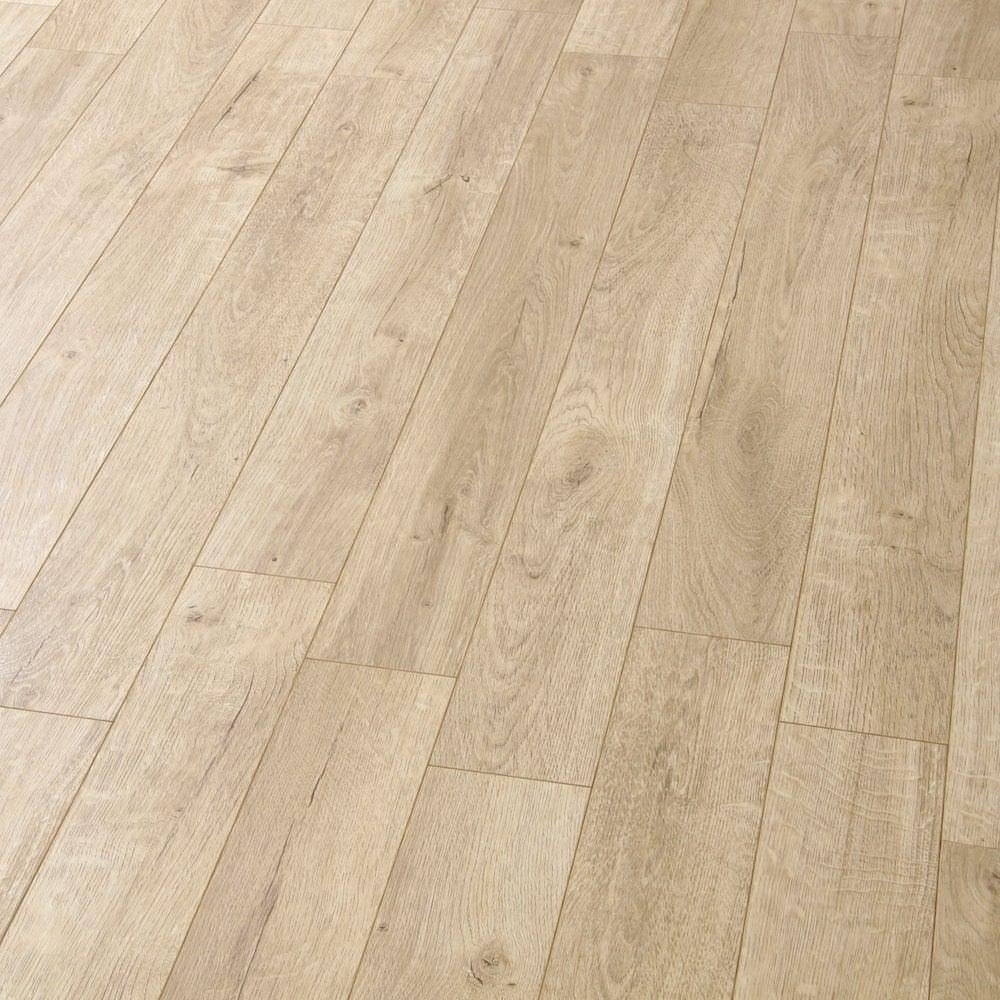 Balterio estrada tundra oak 8mm ac4 laminate flooring for Balterio laminate flooring sale