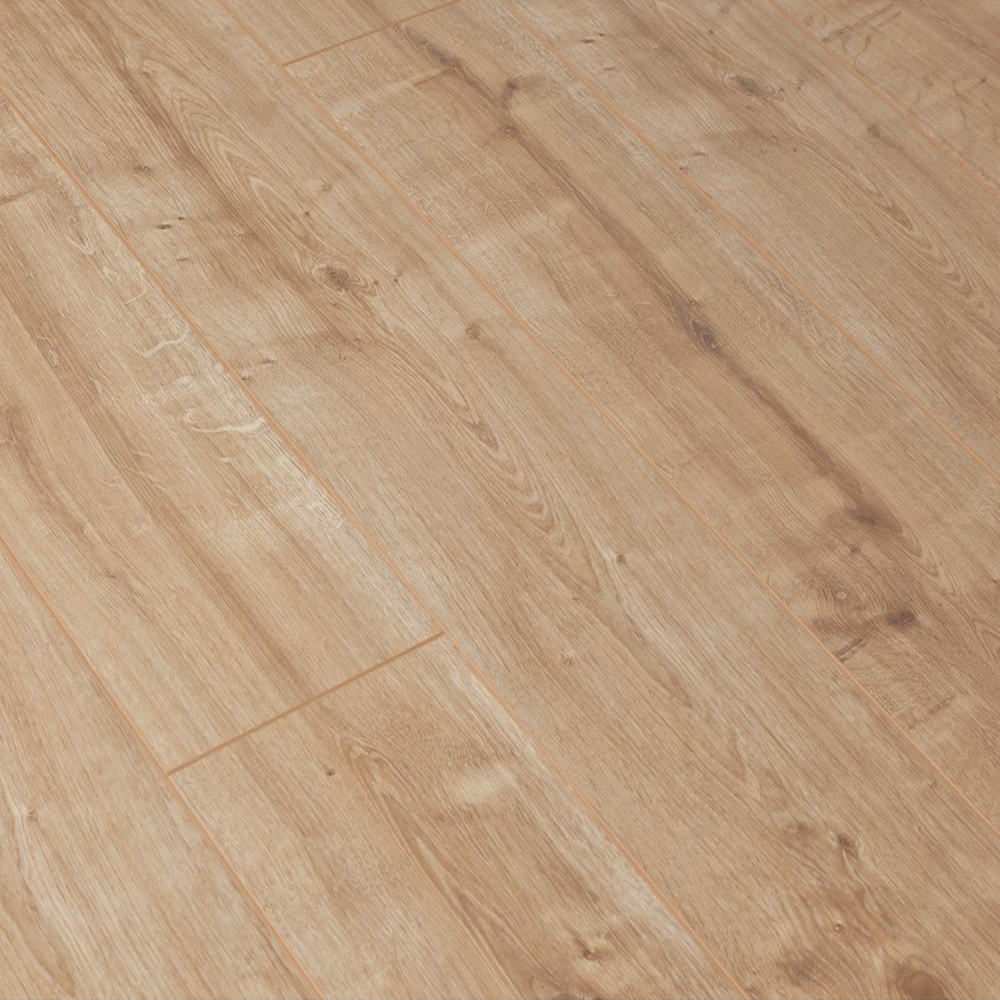 Krono original vario 12mm new england oak laminate for Cheap flooring
