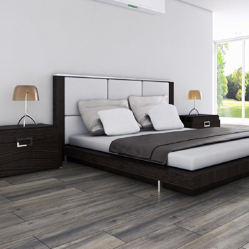 Exquisite Plus 12mm Harbour Grey Oak Laminate Flooring (D12)