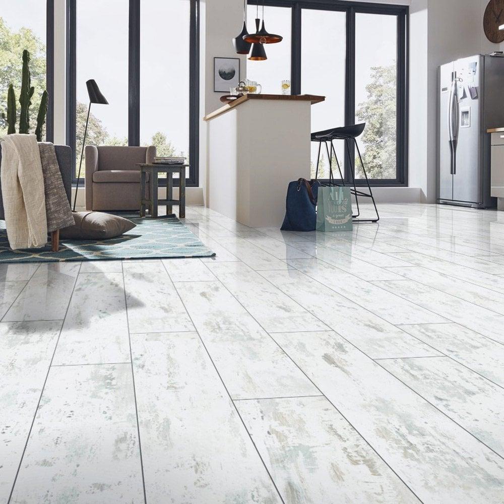 Falquon Flooring High Gloss 4v 8mm, White Distressed Laminate Flooring