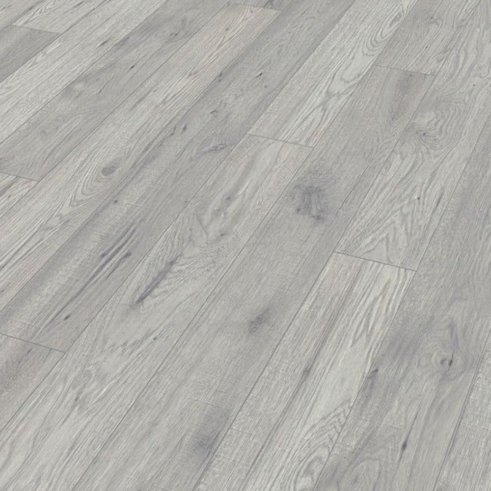 Kaindl natural touch wide 10mm hickory fresno laminate for Kaindl laminate flooring