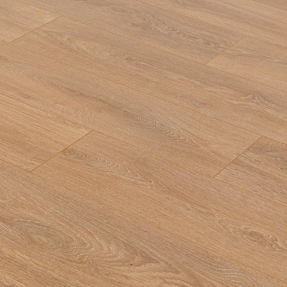 Krono original supernatural classic 8mm light brushed oak for Light laminate flooring