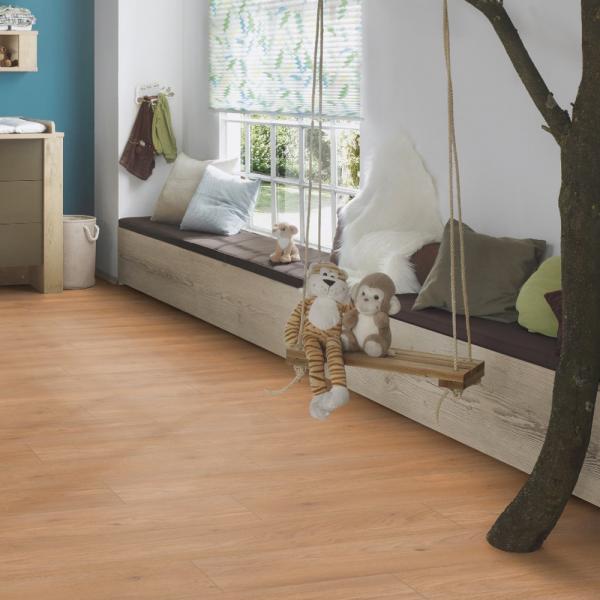 Krono original vario 8mm aberdeen oak laminate flooring for Laminate flooring aberdeen