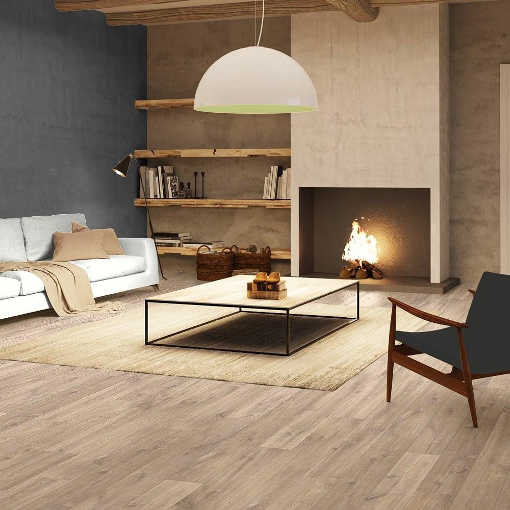 Quickstep classic 8mm midnight oak natural laminate for Quickstep flooring uk