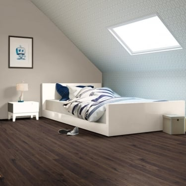 Quickstep Elite 8mm Old Dark White Oak Laminate Flooring