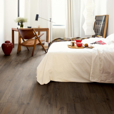 Quickstep Impressive Ultra 12mm Classic Brown Oak IMU1849 Laminate Flooring