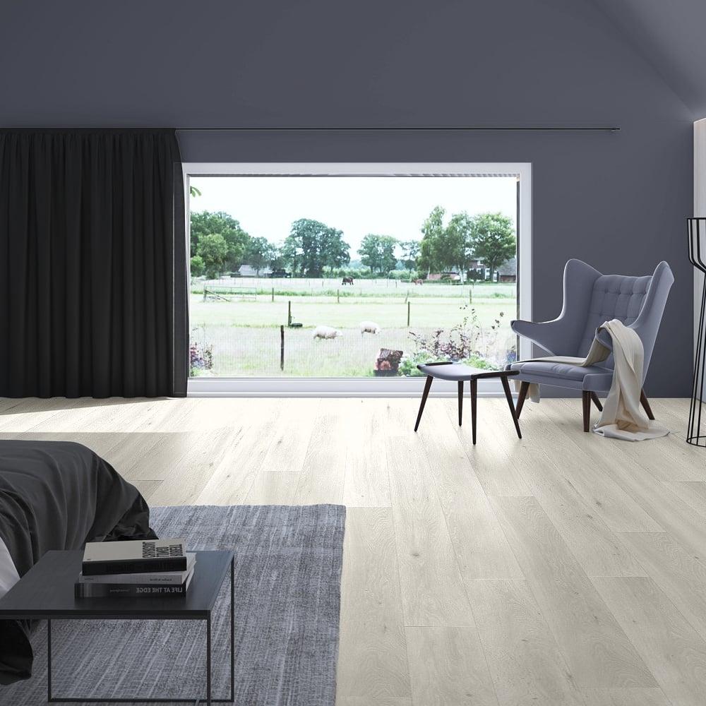 Quickstep Largo Long Island Light Oak Laminate Flooring | Leader Floors