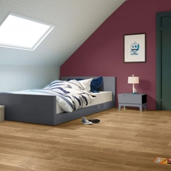 Quickstep Perspective 4 Way 9.5mm Dark Varnished Oak Laminate Flooring