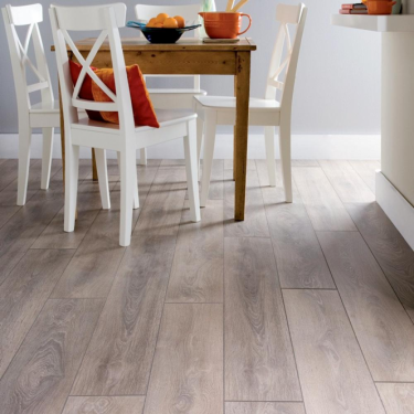 Krono Original Supernatural Classic 8mm Castle Oak 4V Groove Laminate Flooring (8631)