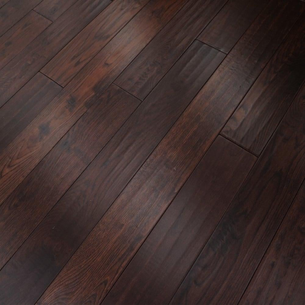 Wood flooring classic aged whiskey oak 18x150mm for Real oak hardwood flooring
